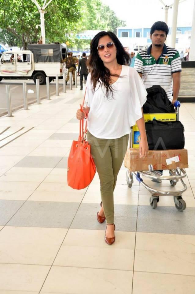 Richa Chadda Was Detained At The Airport With Ayurvedic Powder