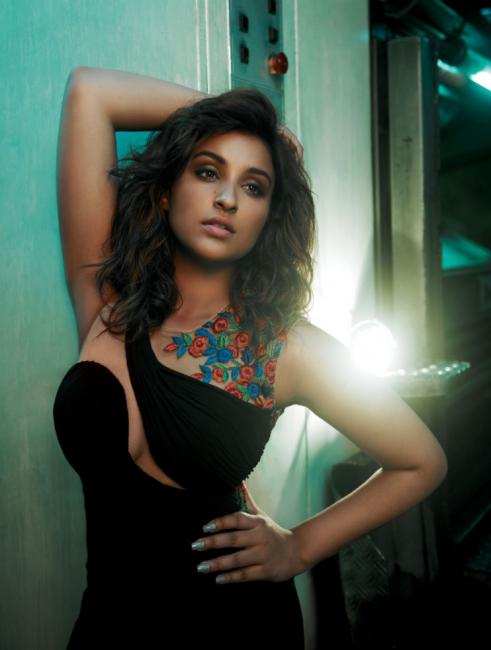 Parineeti Chopra Spicy Pose Full HD Photo Shoot For Femina July 2014 Issue