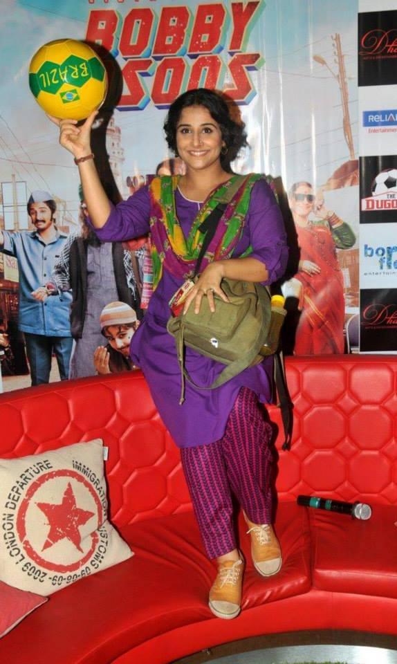 Vidya Balan Promoting Her Movie Bobby Jassos At Kolkata
