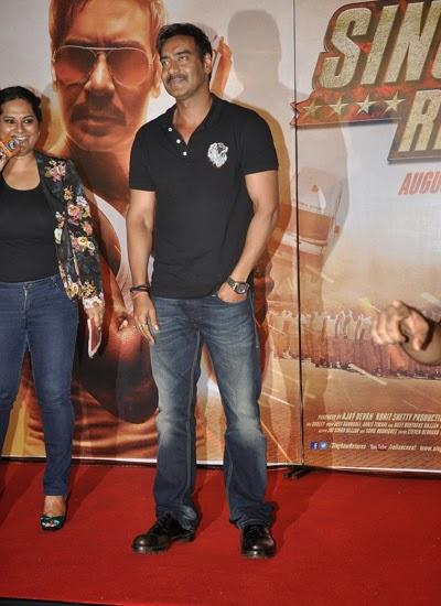 Ajay Devgan Stylish Look During The Trailer Launch Of Singham Returns