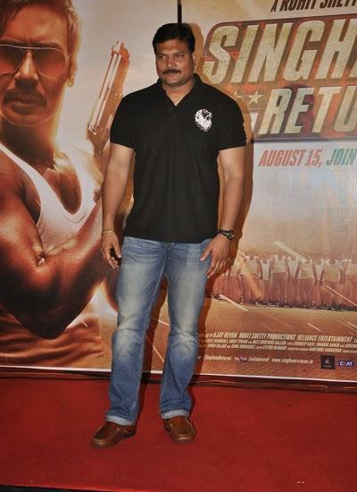 Daya Shetty Strikes A Pose In Red Carpet At The Trailer Launch Of Singham Returns