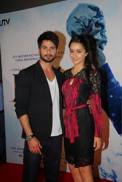 Shahid Kapoor And Shraddha Kapoor Strike A Pose During The Launch Of Haider Movie
