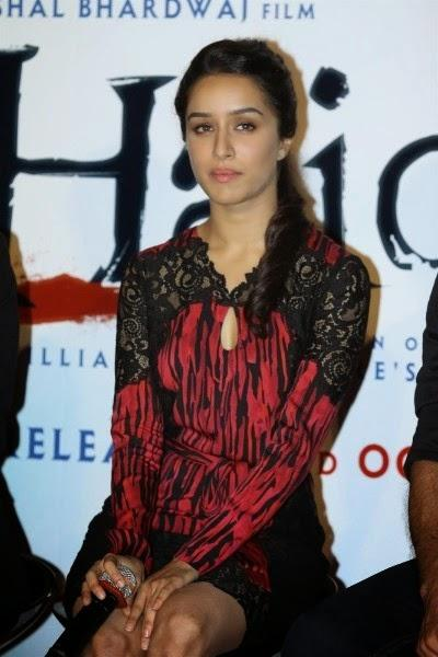 Shraddha Kapoor Cool Sexy Look During The Launch Of Haider Movie