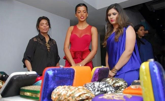 Leena Mogre,Mugdha Godse And Manali Jagtap Flashes At The Launch Of Manali Jagtaps Bag Collection Clutch Closet