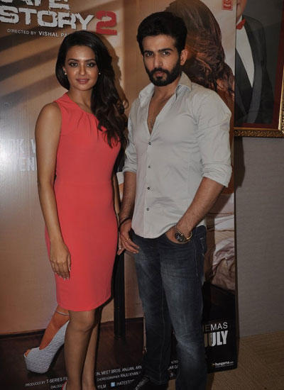 Jay And Surveen Chawla Go All Out To Promote Hate Story 2
