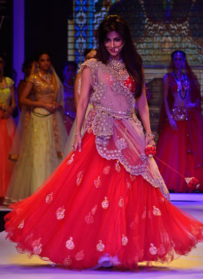 Chitrangada Singh Beautiful Walked On Ramp At IIJW 2014