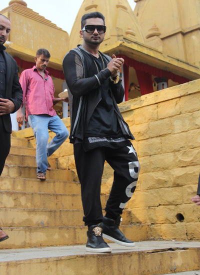 Yo Yo Honey Singh Spotted At Film City Mandir For The Promo Shoot Of India's Raw Star