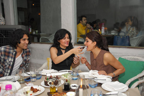 The Birthday Girl Sonal Sehgal Feeds Cake To Bollywood Actress Jacqueline