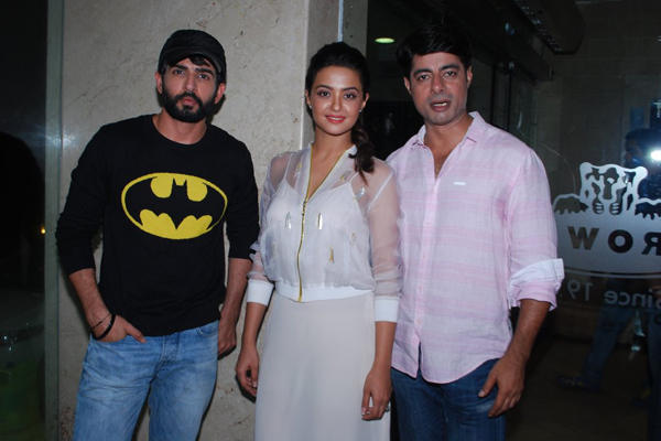 Bollywood Actors Jay,Surveen And Sushant During The Promotion Of Film Hate Story 2