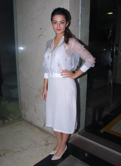 Surveen Opted For A White Knee-Length Dress At Hate Story 2 Promotional Event