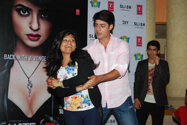 Sushant Dance With A Fan At Hate Story 2 Promotions In Mumbai