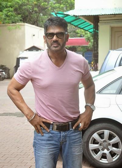 Sunil Shetty Smart Pose For Camera  At Mumbai Mayor Cup Shooting Competition 2014 During The Promotion Of Desi Kattey
