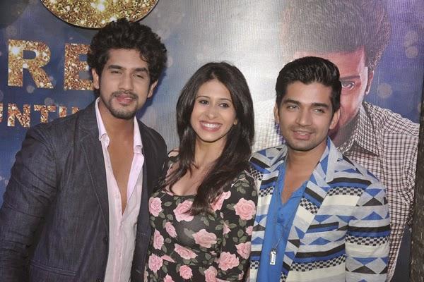 TV Actors Suyyash,Kishwer And Vishal Smiling Pose At Ek Villain 100 Crore Success Party