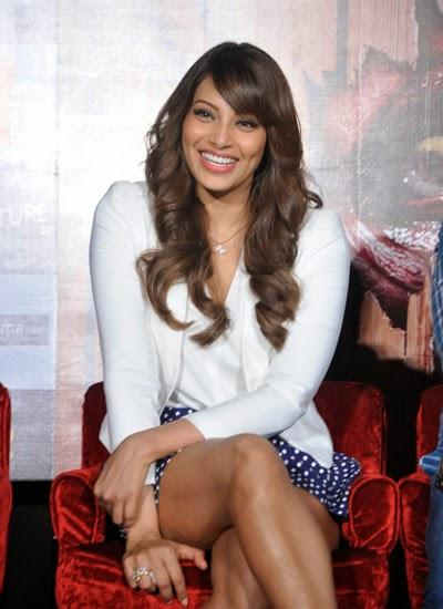 Bipasha Basu Cool Smiling Look During The Creature 3D Movie Trailer Launch