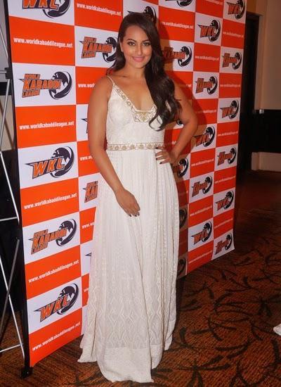 Sonakshi Sinha Adds Glamour To World Kabaddi League 2014