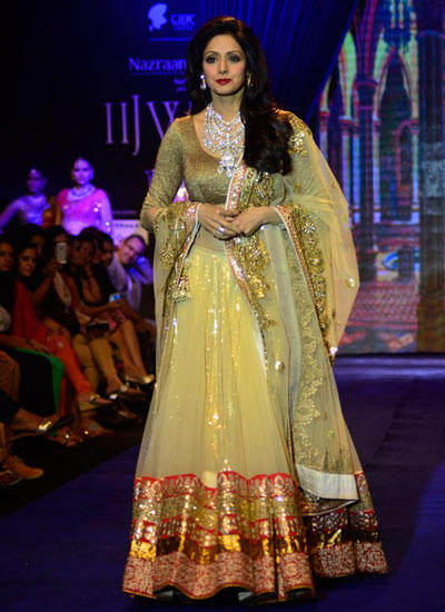 Sridevi Walks For Golecha Jewels At IIJW 2014 Day 3 In Fashion Show