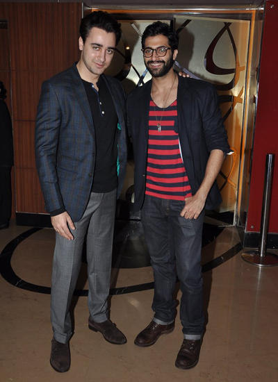 Imran Khan And Akshay Oberoi Smiling Pose During Pizza 3D Movie Special Screening