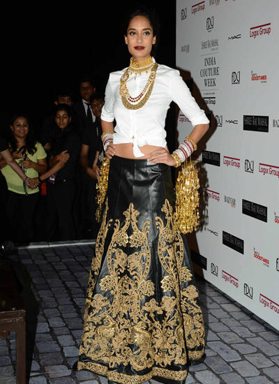 Lisa Haydon Graced On Ramp At ICW 2014 On Day 3