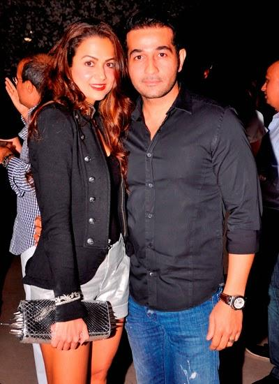 Stunning Couple Shakeel And Amrita Cool Pose During The Launch Bash Of Aqaba Restaurant