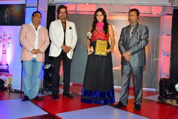 Nisha Jamwal And Shakti Kapoor During The India Leadership Conclave