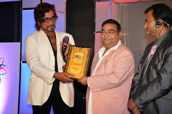 Shakti Kapoor Presented Award At India Leadership Conclave In Hilton