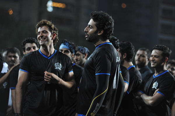 Hrithik And Abhishek Cool Gossip During Celebrity Charity Football Match 2014