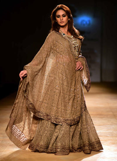 Huma Looked Pretty In A Brown Georgette Lehenga Choli With Full Sleeves