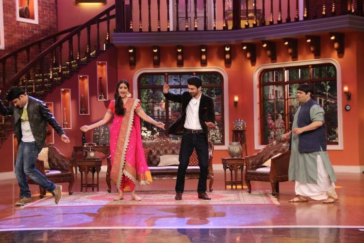 Sonam,Fawad,Kiku And Kapil Dance Still On Colors CNWK During Khoobsurat Promotion