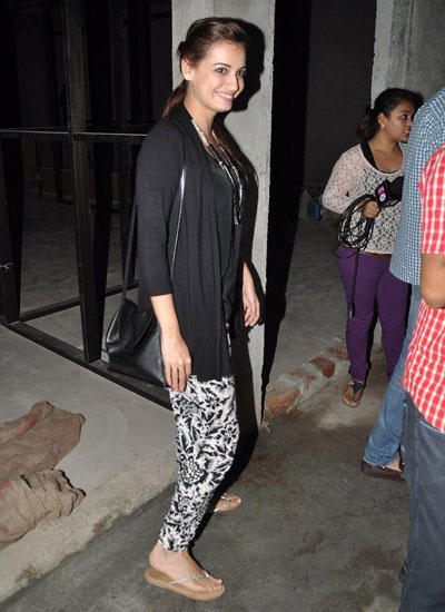 Dia Mirza Smiling Look At The Outside Of Lightbox In Mumbai