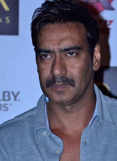 Ajay Devgan Cool Look During The Launch Of Merchandise For Singham Returns