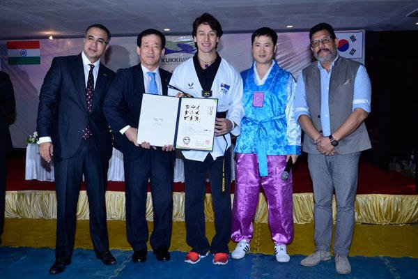 Tiger Shroff Posed With Certificate At Kukkiwon World Taekwondo Headquarters