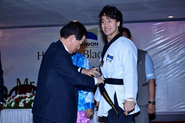 Tiger Shroff Received 5th Degree Honorary Black Belt From Kukkiwon - World Taekwondo Headquarters