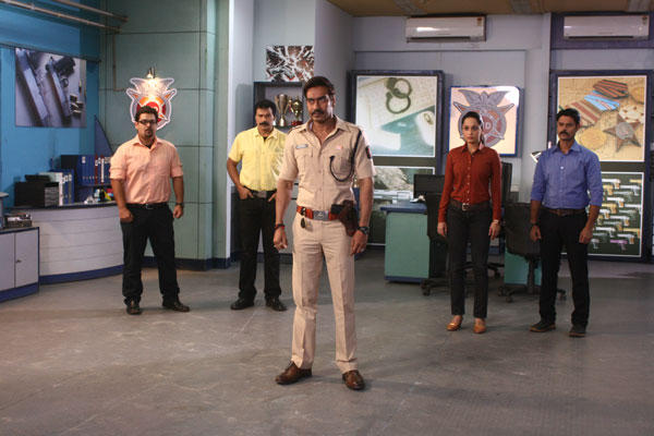Ajay Action Still With CID Team During The Promotion Of Singham Returns