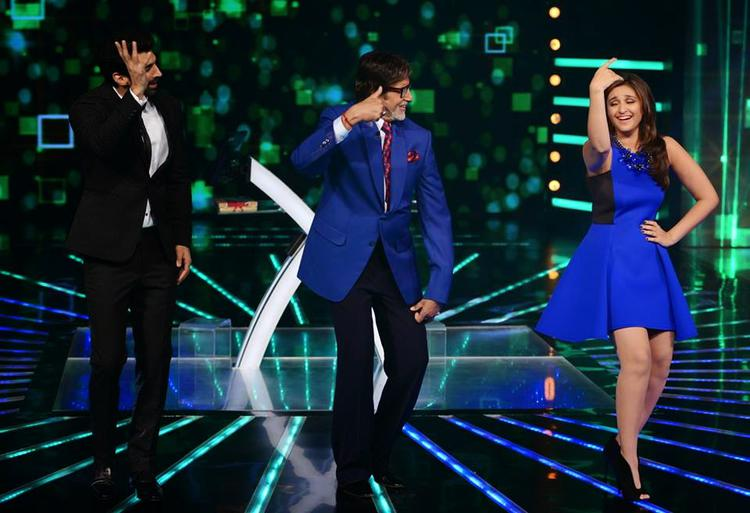 Aditya And Parineeti Shake Their Legs With Big B On The Sets Of KBC