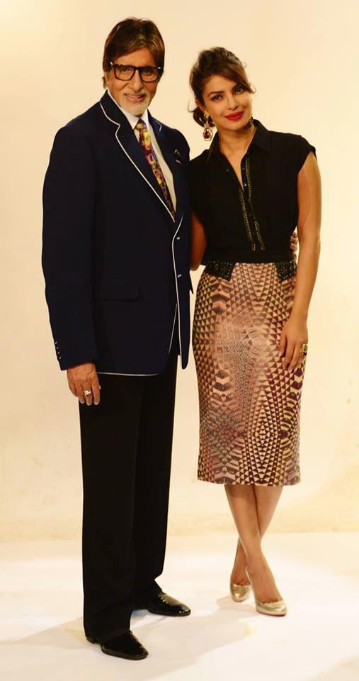 Big B And Priyanka Chopra Posed During The Promotion of Mary Kom On The Sets Of KBC Season 8