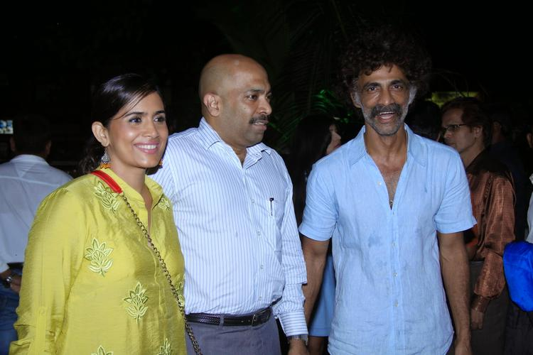 Popular Actor Makarand And Sonali Graces The Screening Of Marathi Film Saturday Sunday
