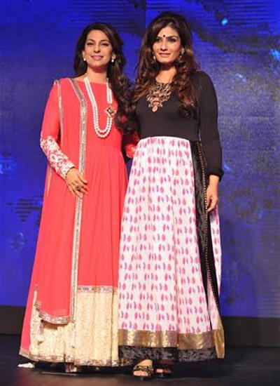 Glamouros Actresses Raveena And Juhi Endorse The Sony Pal Channel