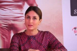 Charming Kareena Kapoor At Promotional Event Of Singham Returns