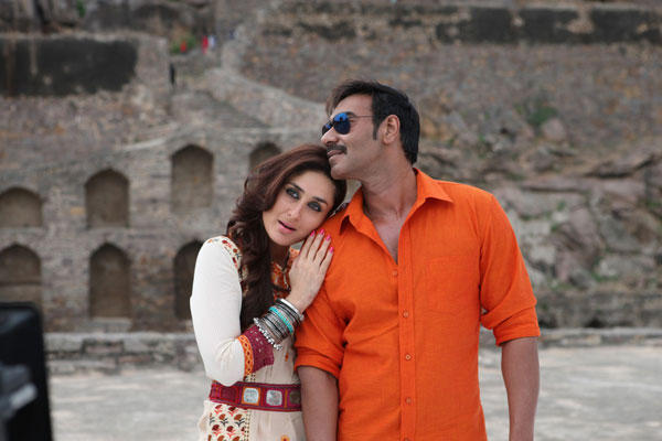 Ajay And Kareena Kuch Tho Hua Hai Song Romance Still