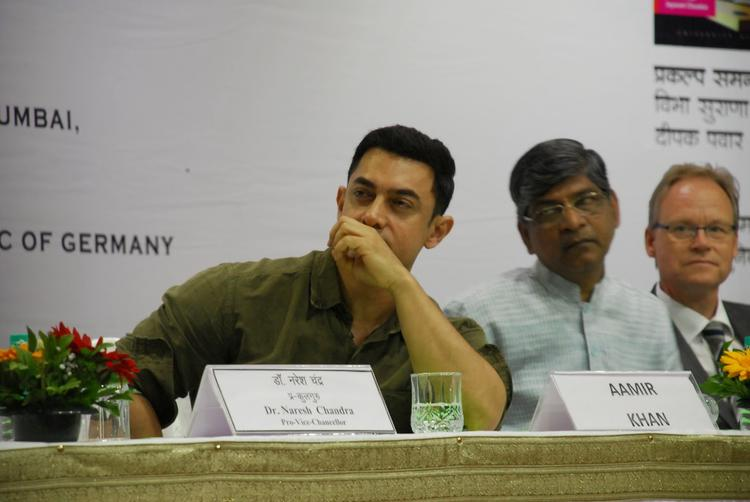 Aamir Himself Had Started Learning The Language From Prof Suhas Limaye Two Years Ago