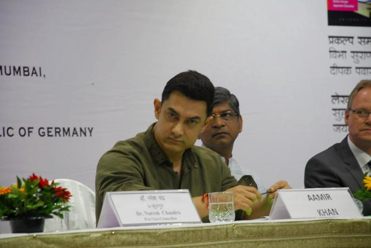 The Actor Aamir Khan Looked Worn Out During The Event