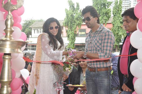 Richa Chadda And Nikhil Dwivedi Cut The Ribbon During The Promotion Of Tamanchey