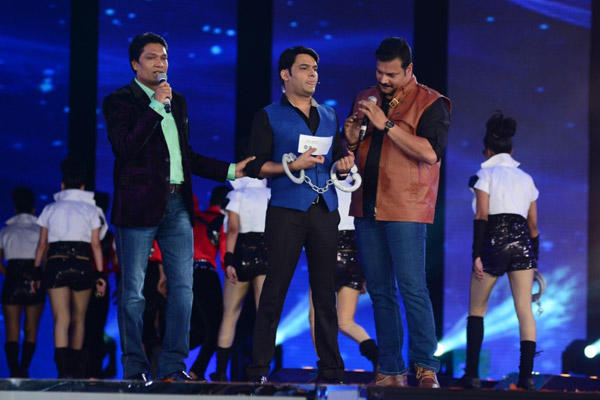 CID's Kapil, Abhijeet And Daya At Kaun Banega Crorepati 2014 Grand Premiere