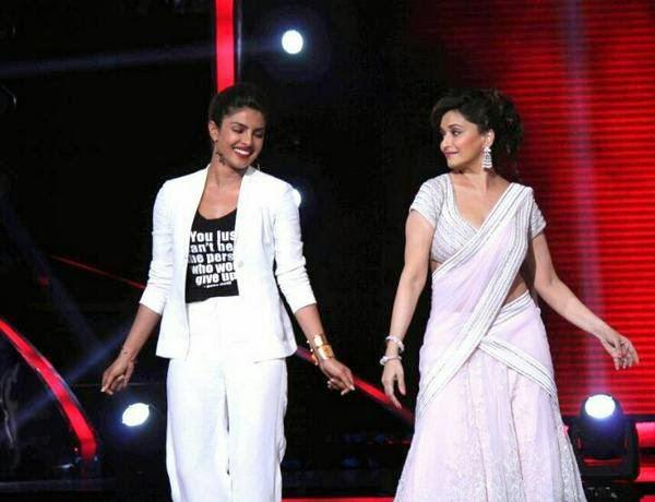Priyanka Visited The Sets Of Celebrity Dance Reality Show Jhalak Dikhhla Jaa To Promote Her Forthcoming Movie  Mary Kom