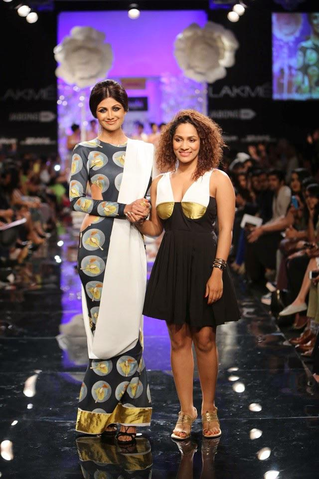 Shilpa With Designers Masaba On The Ramp At LFW Winter Festive 2014