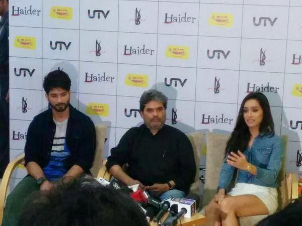 Shraddha And Shahid At Music Premier Of Haider At Radio Mirchi