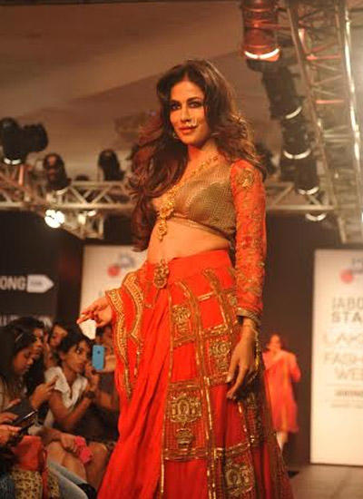 Chitrangada Singh Stunning Look On Ramp At LFW Winter/Festive 2014
