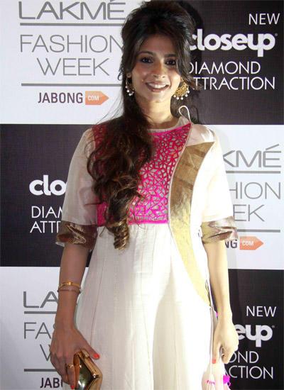 Tanisha Mukherjee Stunning Look In Vaishali S Outfit At LFW Winter/Festive 2014