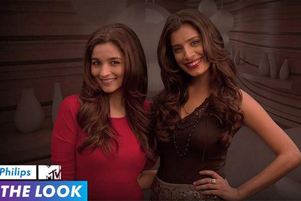 Alia Bhatt Posed With VJ Gaelyn During The Trailor Launch Of MTVs New Web Based Show