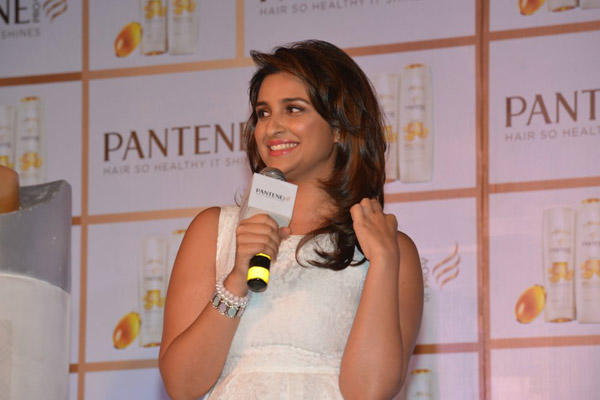 Parineeti Chopra Addresses The Media At The Pantene Promotional Event